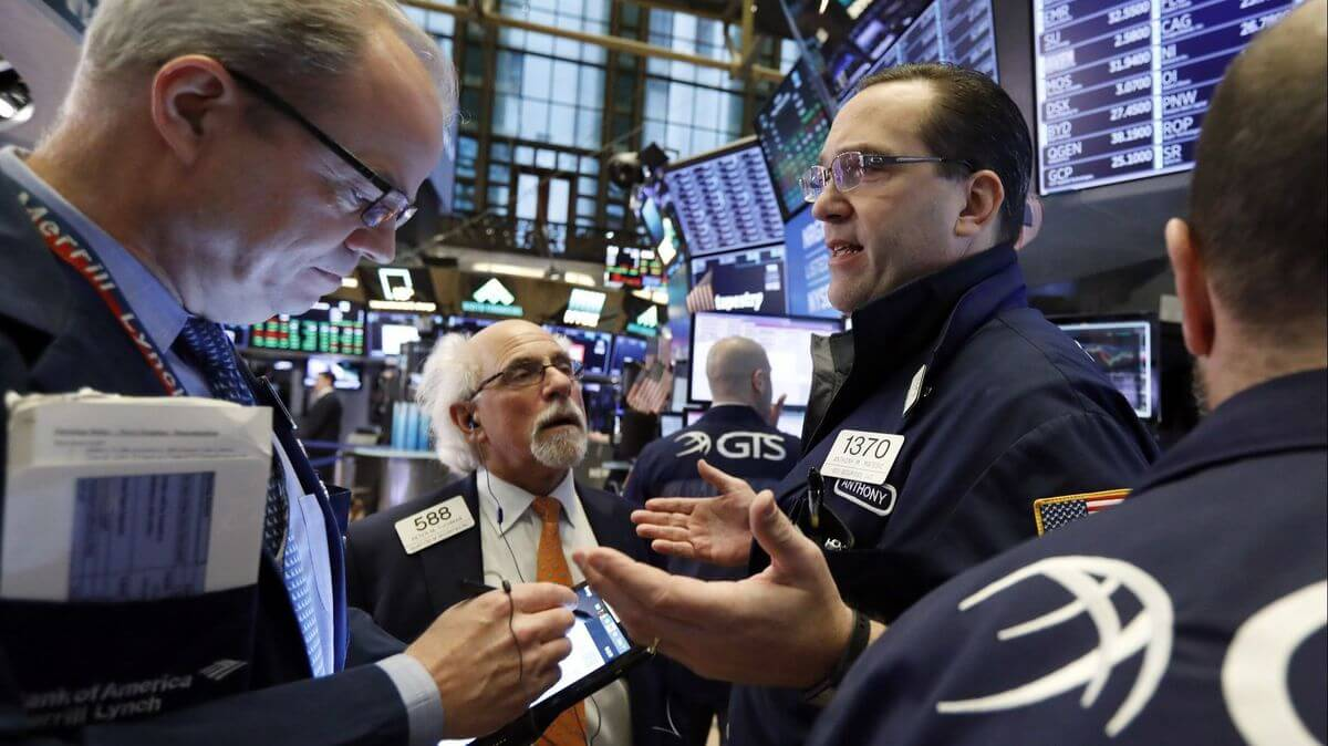 Awaiting the Results of Trade Talks Oil Prices Go Lesser